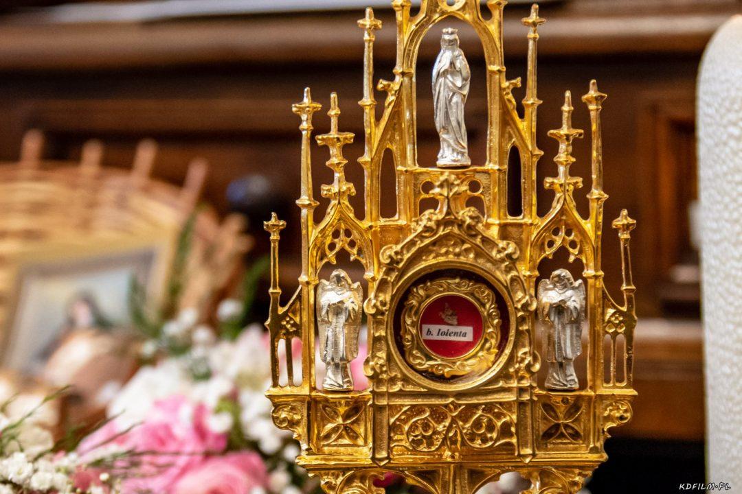 Wprowadzenie relikwi bl Jolenty Franciszkanie Torun 2019 02