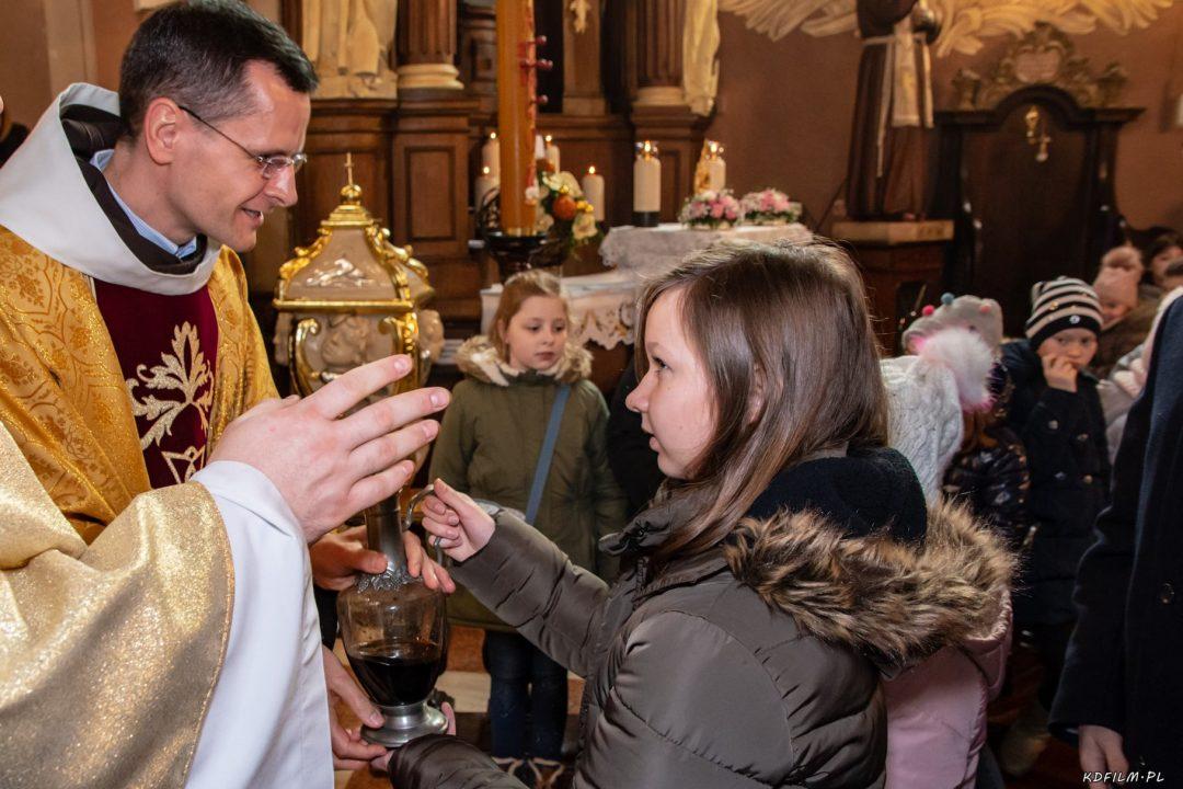 Wprowadzenie relikwi bl Jolenty Franciszkanie Torun 2019 34